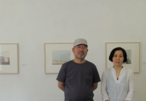 Ms. Sugaya (right) and Mr. Nemoto (left), a couple owner of Gallery 360 degrees