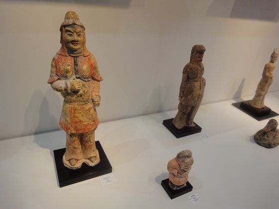Chinese terra cotta statues