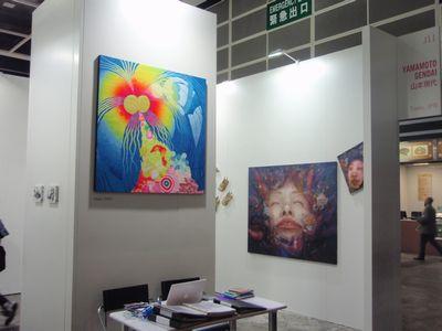 AZITO's partner gallery, Yamamoto Gendai (booth#J11) is showing Yayoi Deki (in the middle), Erina Matsui (on the right), Yasuyuki Nishio, Kei Imazu, Taiger Tateishi.
