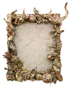 "Left ""Queen Giddra"", 2008, mixed media 38x42x23cm Righ ""Borderless Frame"", 2008, mixed media 90x117x16cm Courtesy of the artist and NANZUKA UNDERGROUND"