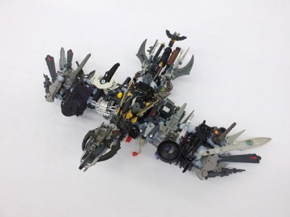 New Arrival: Hiroshi Fuji, Collecting tons of toys showed the power of continuity