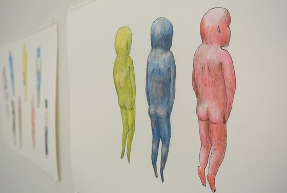 Hakamata first draws these sketches.