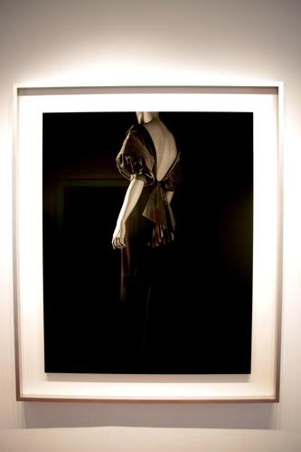 "Gelatin silver print ""Stylized Sculpture 054 (Elsa Schiaparelli c. 1938)"" by Hiroshi Sugimoto (2007)"