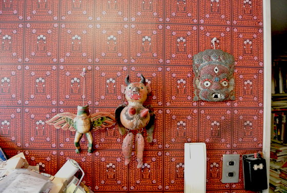 Funny objects hung on Tanaami's studio. Their decorations are similar to Tanaami's works, aren't they?