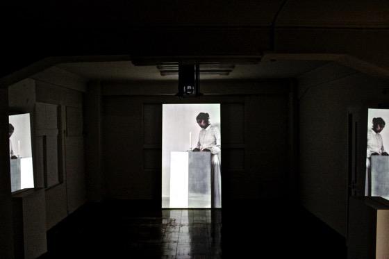 "Hiraki Sawa ""envelope""(2014)"