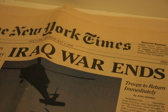"[detail] top news ""IRAQ WAR ENDS"""